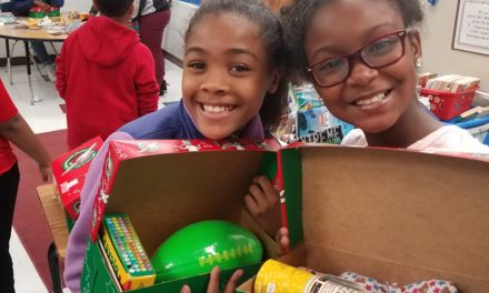 Metompkin Junior Beta Club Assists with Operation Christmas Child