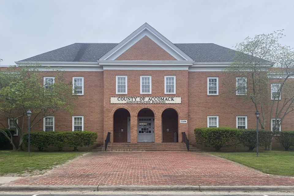 Accomack Board of Supervisors to develop MOU for internet expansion