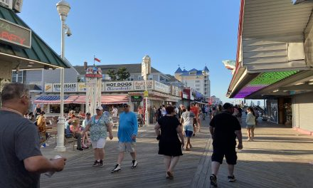 Thousands flock to the beach at Ocean City Saturday