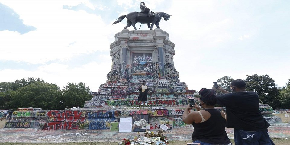 Virginians file appeal in removal of Robert E. Lee Statue