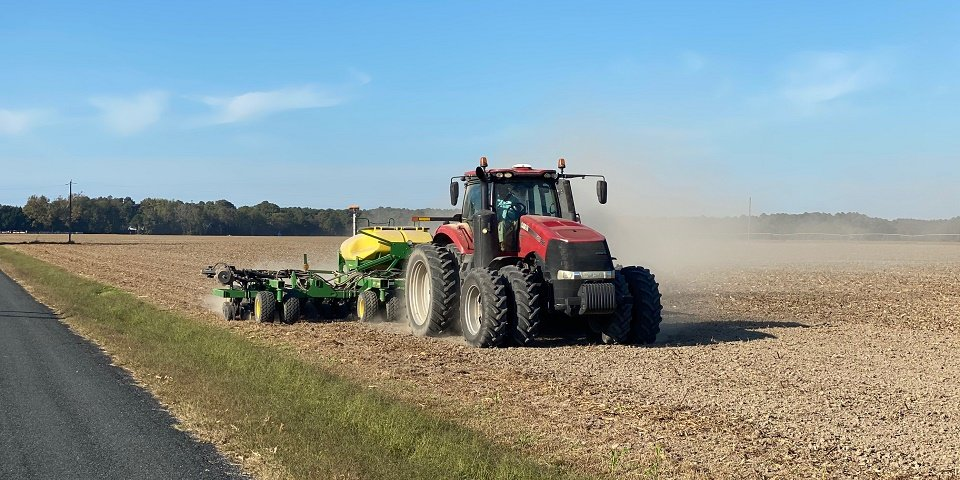 Biden administration order directs USDA and FTC to end restrictions on farmers repairing their own equipment