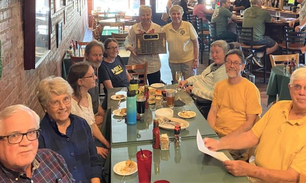 Former owners of Blarney Stone recognize two couples who supported pub during pandemic